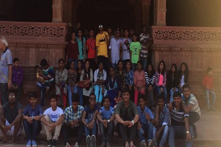 Crescent Castle Public School-Tour