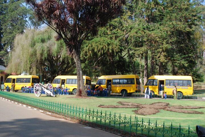 Crescent Castle Public School-Transport