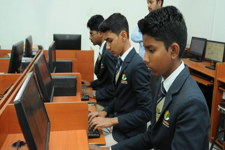 Dr Dasarathan International School-Computer Lab