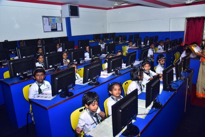 Sacred Heart International School-English Lab