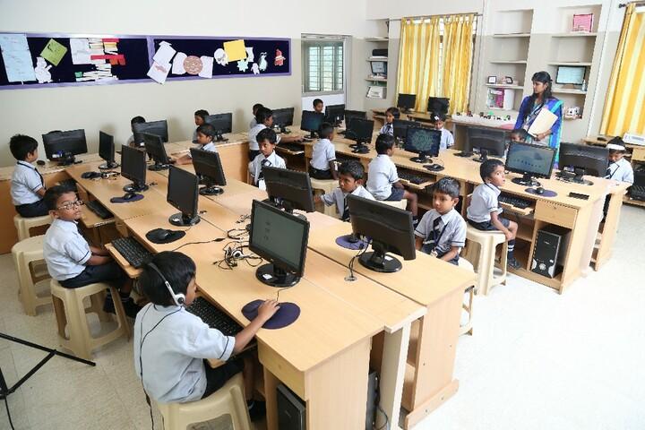 Carmel International School-Junior Computer Lab