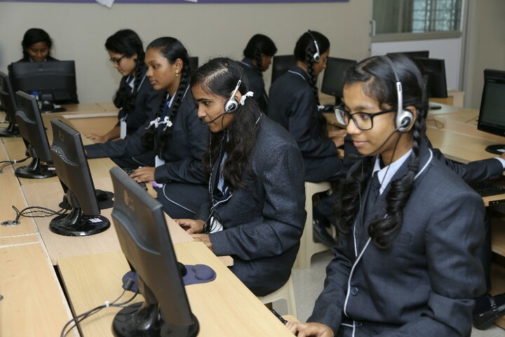 Carmel International School-Computer Lab