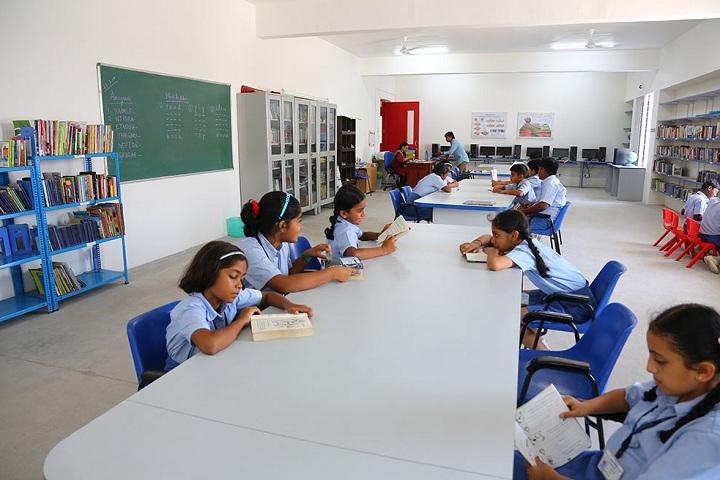 Dr C L Metha Sishya O M R School-Library