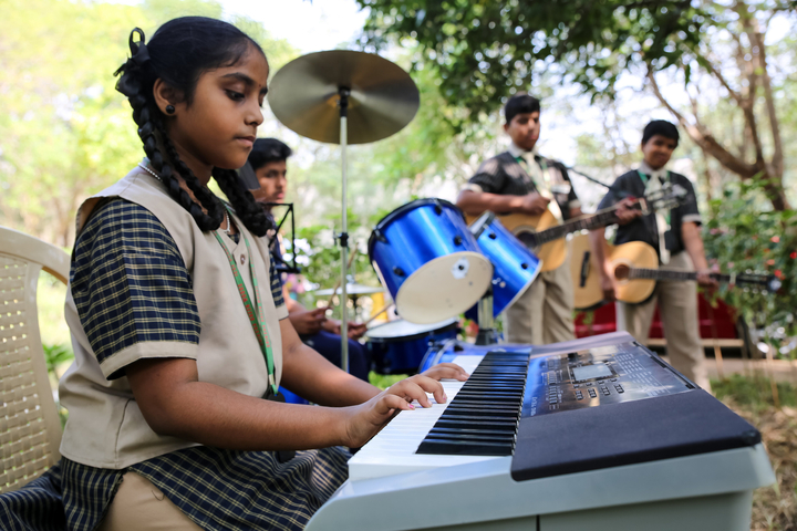Shiksha Greenwoods School-Music