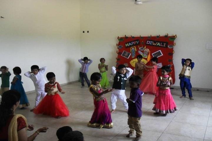 Bharathi Vidhyaa Kendhra School-Diwali Celebrations