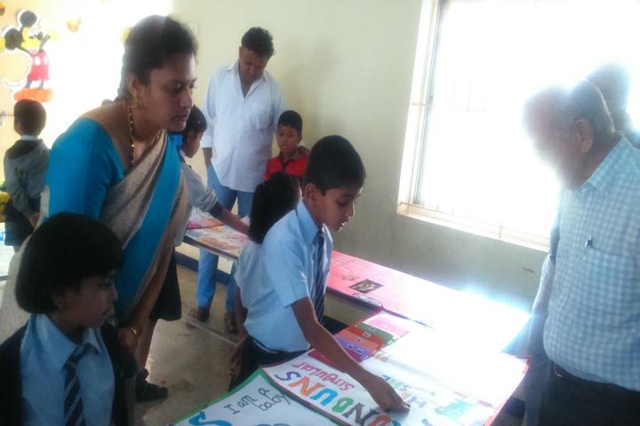Pincushion Montessori International School-Science Exhibition