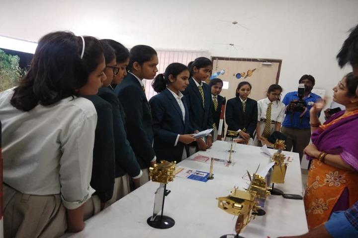 IRIS World School-Lab