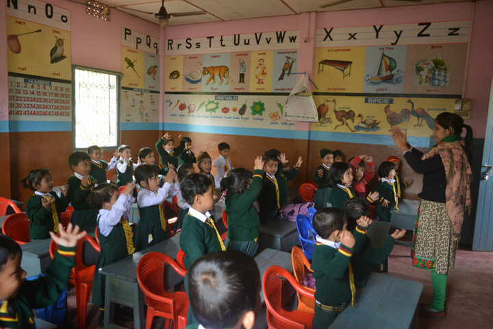 Holy Cross Convent School-Classroom