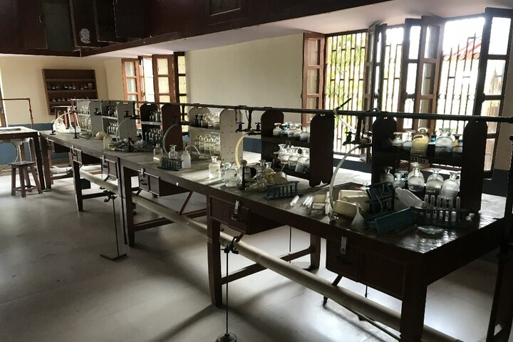Christ The King School-Chemistry Lab