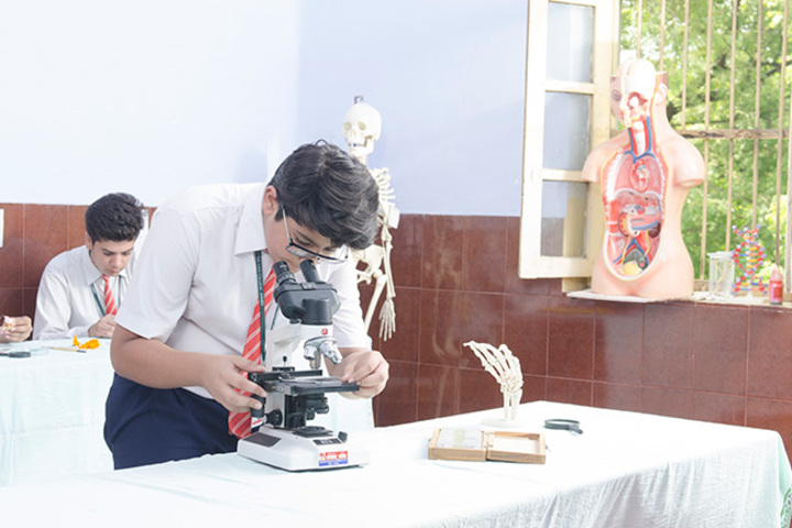 Christ The King College-Biology Lab