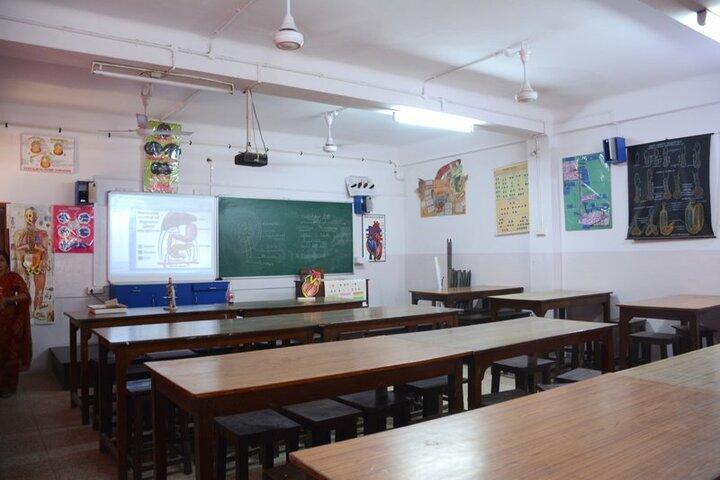 Seth Anandram Jaipuria School-Biology Lab