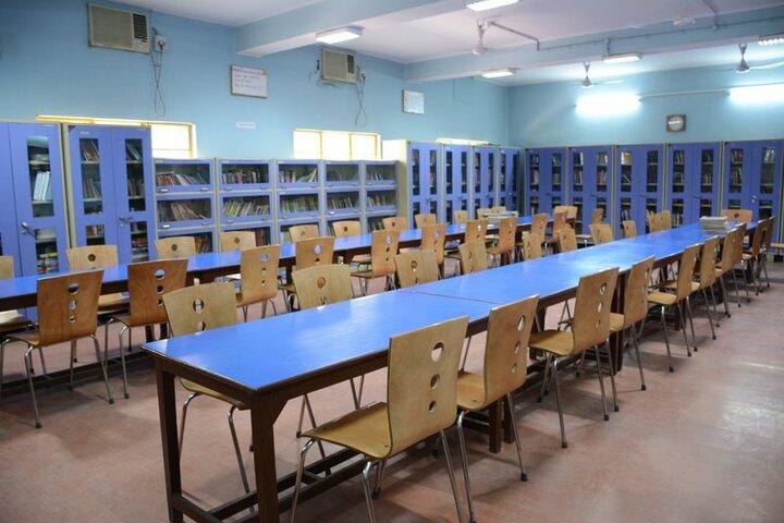 Seth Anandram Jaipuria School-Library