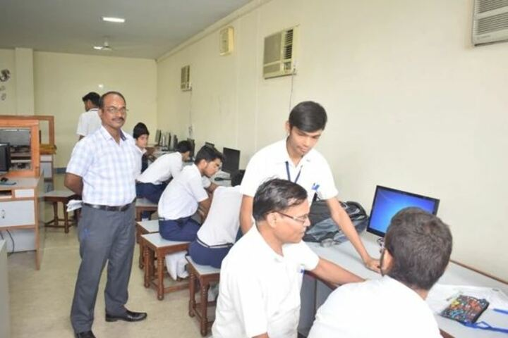 Methodist High School-Computer Lab
