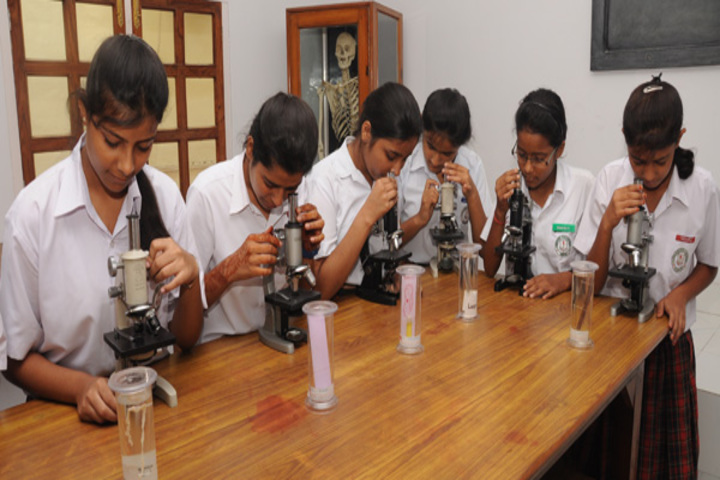 Huddard High School-Biology Lab