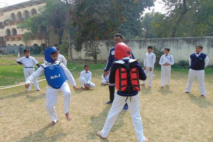 Colvin Taluqdars College-Taekwondo