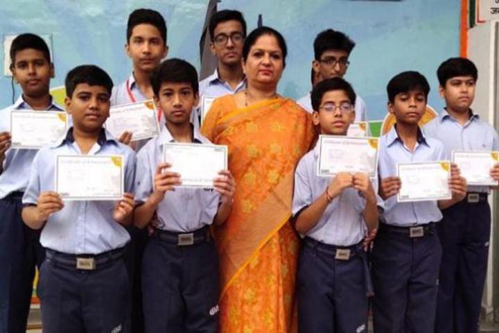 City Montessori Inter College-Felicitation