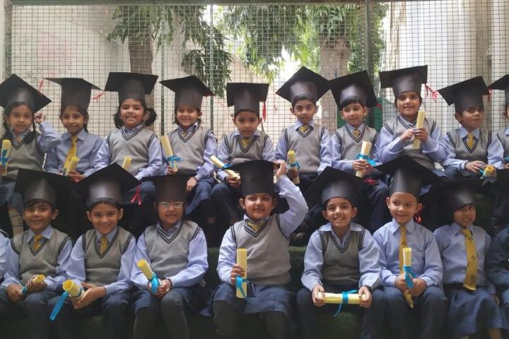 The Modern School - UKG Graduation Ceremony
