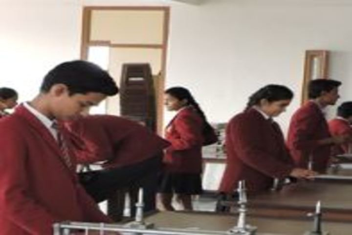 Dr Virendra Swarup Education Centre-Physics Lab