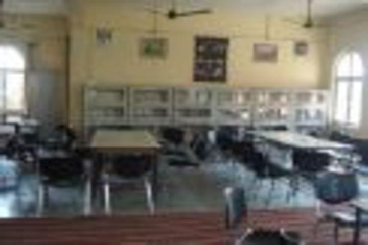 C P Vidya Niketan-Library