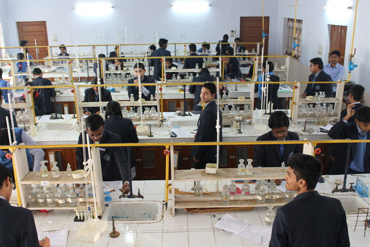 St Basils High School-Lab