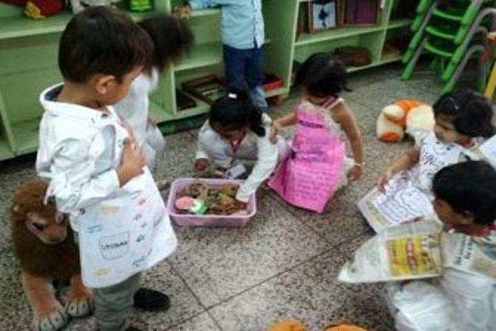 City Montessori School-Cleanliness Drive