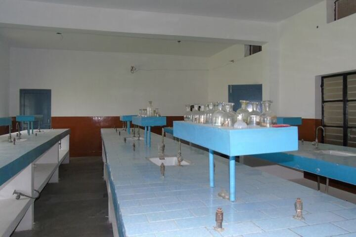 Christu Jyoti Convent School-Science Lab