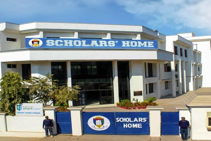 Scholars Home-Campus