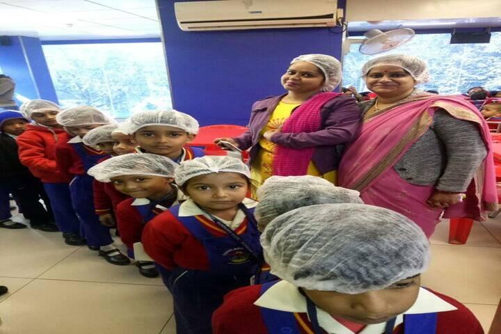 Scholars Home-School Trip