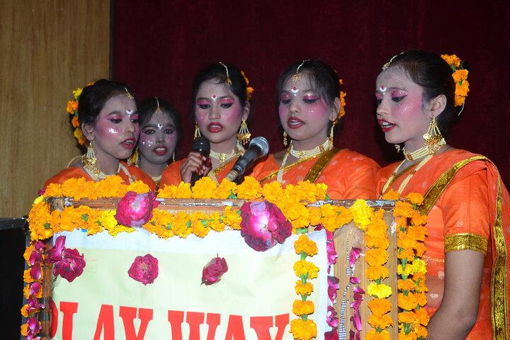 Play Way Academy-Singing