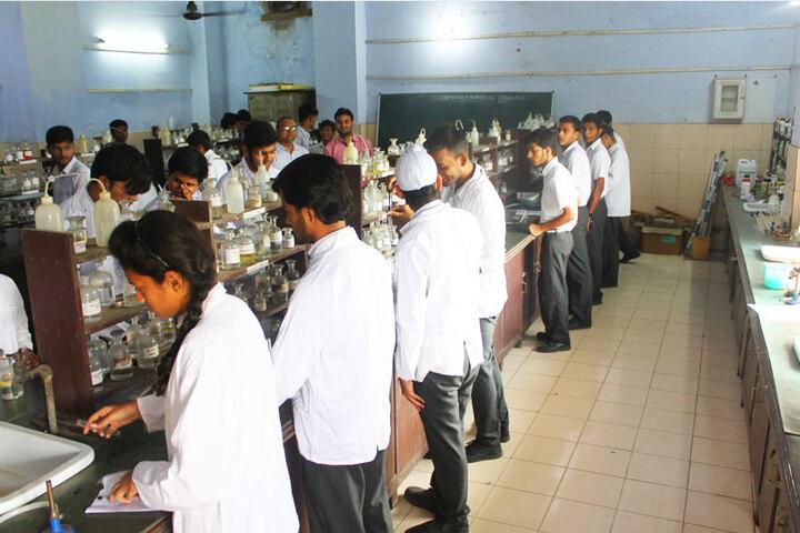 Dr Virendra Swarup 21St Century School-Chemistry Lab