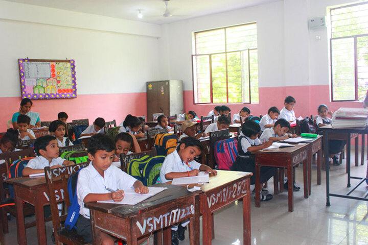 Dr Virendra Swarup 21St Century School-Classroom