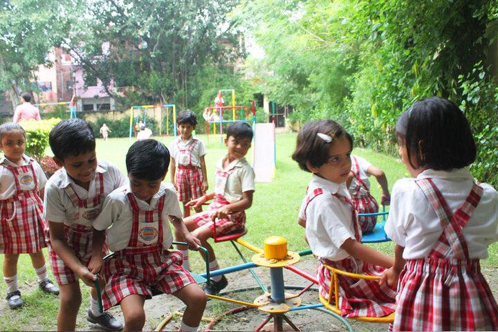 Dr Virendra Swarup 21St Century School-Play Ground