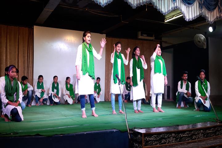 Benhur High School-Group Singing