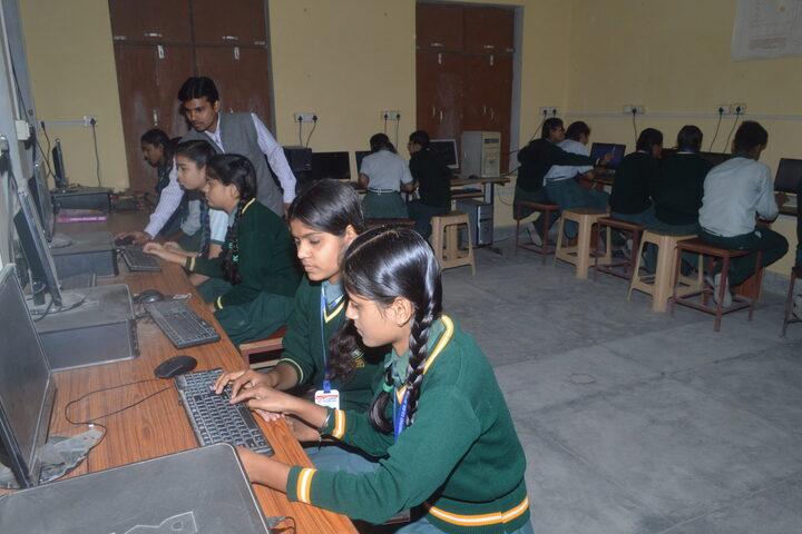 K C Convent Co Ed School-Computer Lab