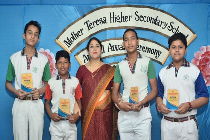 Mother Teresa Higher Secondary School-Award Presentation
