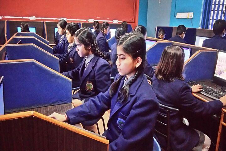 Sughar Singh Academy-Computer Lab