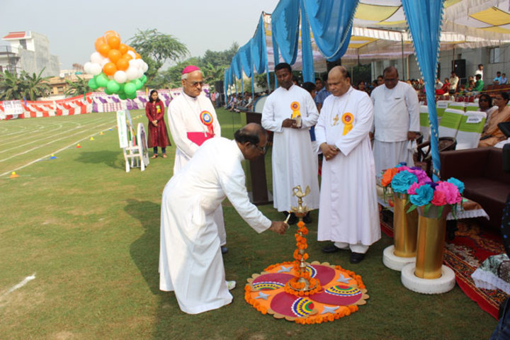 Jesus And Mary Convent School - Sports Day
