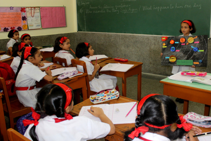 Convent of Jesus and Mary High School - Classroom