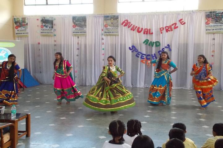 Moravian Institute - Traditional Dance