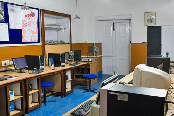 St Marys Convent College-IT-Lab