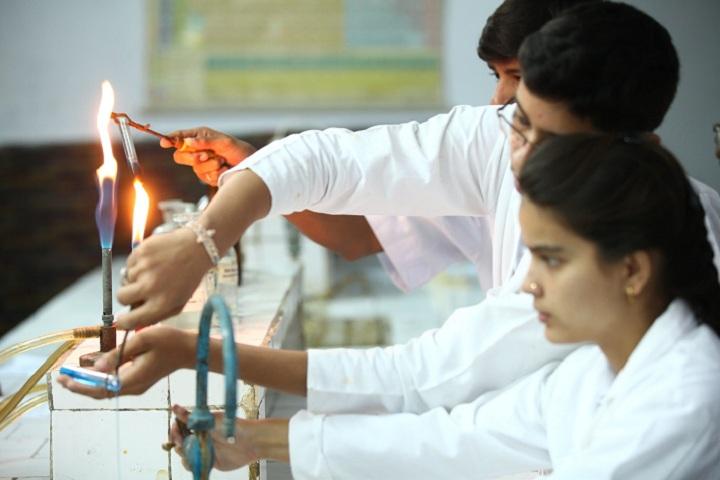 Modern School-Laboratory chemistry