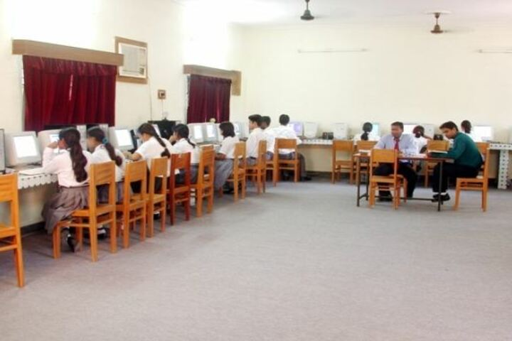 Seventh Day Adventist Inter College-Computer Lab