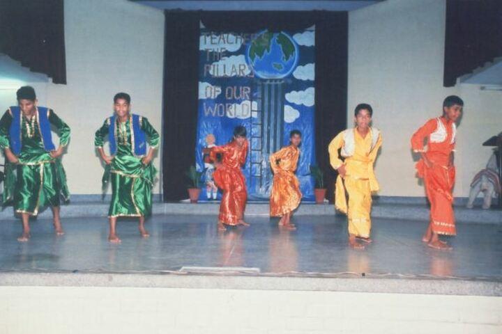 Seventh Day Adventist Inter College-Dance
