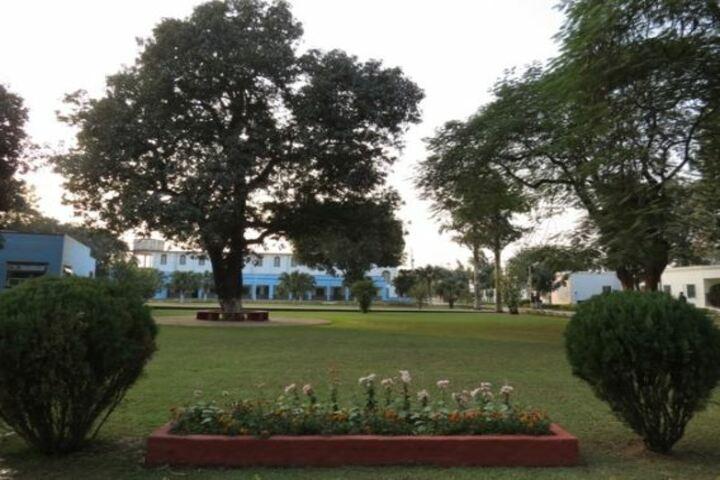 Seventh Day Adventist Inter College - Garden