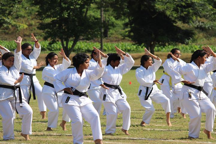 Hopetown Girls School - Karate