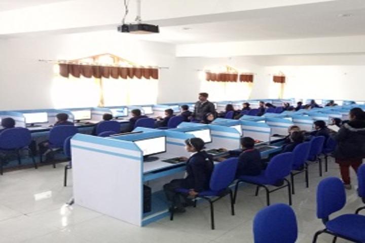 Carmel School - Computer Lab