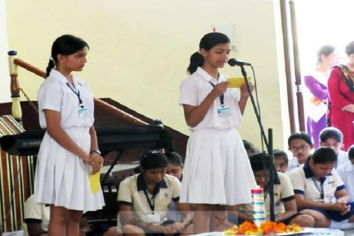 Loreto Convent-Singing