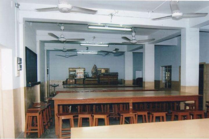 Assembly Of God Church School-Physics Lab