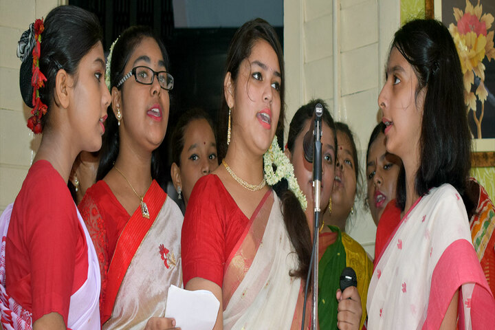 Our Lady Queen Of The Missions School-Singing
