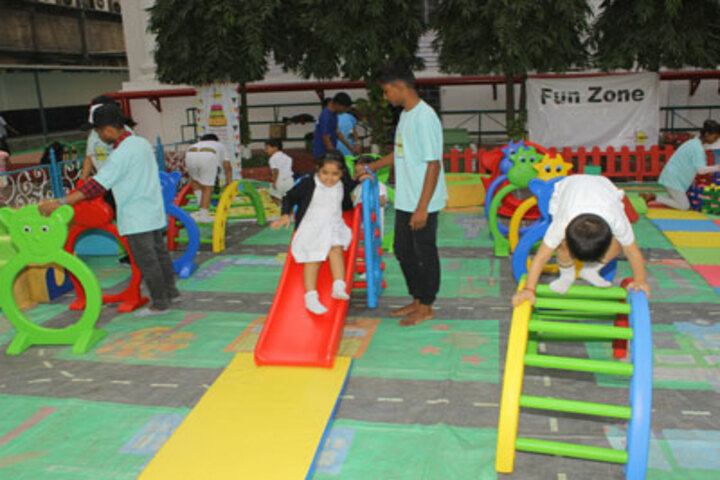 La Martiniere For Girls-Kids Play Area